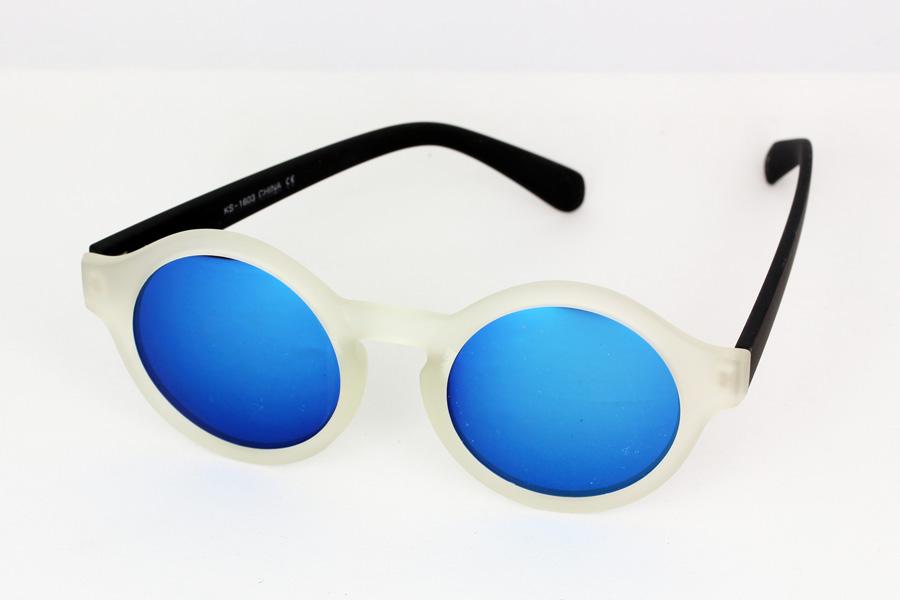 d49c2fb4abb1 Mat transperant solbrille med sorte stænger. Blåligt spejlglas
