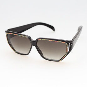 Billig solbrille i sort med blomster b02f8f0787c53